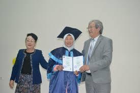 Восточный университет  прочитали стихи на кыргызском языке Вечер посвященный ко дню Государственного языка завершился вручением дипломов выпускникам 2017 года