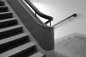 Das freitragende design wertet wohnräume mit dem exklusiven charakter modernster architektur maßgeblich auf. Treppe Haus Bearbeitung Treppe Fotografie Von Coriweiss Bei Kunstnet