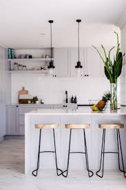 Small Kitchen Modern 25 Best Ideas About Small Modern Kitchens On Pinterest Cottage