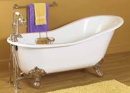 amazing interior clawfoot tub cast iron bathtub antique style for old style bathtub renovation
