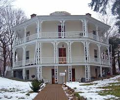 the octagon house in danbury connecticut is considered the best octagon house of