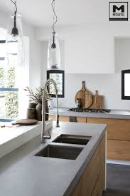 love the stone tops, double sink. maybe the raised side. would want to be  able to sit comfortably on the raised side- avoid clutter there if its  functional.