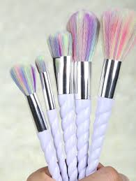 unicorn brush set.