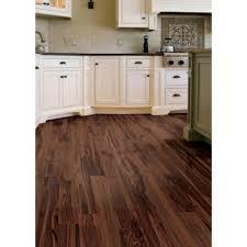 Laminate Wood Floor Home Depot   Love The Floor..looks Nice In The Kitchen