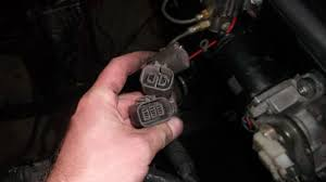 some r32 gtr help needed wiring harness help rb26dett skyline rb26 r32 harness right where the cas 1 wire coolant temp sensor 2 wire coolant temp sensor and grounds are there is a second 2 wire connector that looks