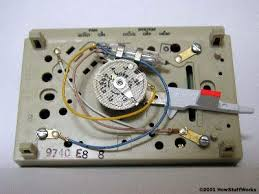 diagrams 400300 round mercury thermostat wiring with switch Old Thermostat Wiring Diagram inner workings how home thermostats work round mercury thermostat wiring with switch old honeywell thermostat wiring diagram
