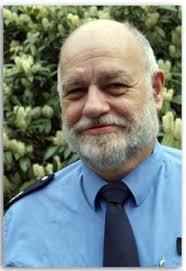 Mein Name ist <b>Peter Jüngling</b> Ich bin Polizeibeamter und arbeite seit 1974 <b>...</b> - binarywriterservlet%3FimgUid%3Deb730fb5-2b55-5321-4418-7812109241c2%26uBasVariant%3D11111111-1111-1111-1111-111111111111