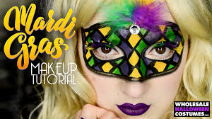 mardi gras es but once a year so it would be a shame not to look your best while you indulge known for the foods drinks costumeasks