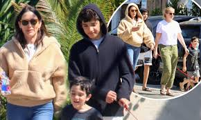 Lauren Silverman nails casual chic as she runs errands with sons ...