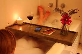 picture of bathtub caddy