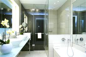 Badezimmer Wand Design Modernes Bad Mit Innovativem Design In 34