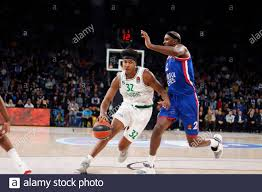 ISTANBUL / TURKEY - FEBRUARY 7, 2020: Zach LeDay and Chris Singleton during  EuroLeague 2019-20 Round 24 basketball game between Anadolu Efes and  Zalgiris Kaunas at Sinan Erdem Dome Stock Photo - Alamy
