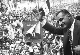 إعادة كتابة التاريخ.. محاولة لفهم السخرية من عبد الناصر