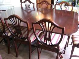 duncan phyfe dining table 1940 own a vine dining table shield back chairs 1940s duncan phyfe dining table and chairs