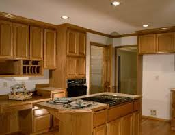 countertop colors to match light maple cabinets