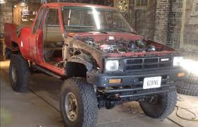 1985 Toyota Pickup 4x4 - Being Painted - YouTube