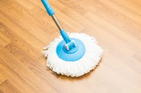Kitchen Floor Mop 11 Tips For Cleaning Vinyl Floors Readers Digest