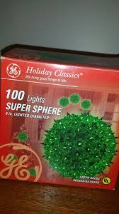 Ge Holiday Classic 100 Light Red Super Sphere Light