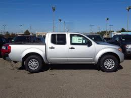 2018 nissan frontier crew cab. perfect cab new 2018 nissan frontier crew cab 4x4 sv v6 auto  southaven ms landers  to nissan frontier crew cab