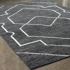 geometric rug pattern. Large Scale Geometric Pattern Rug Black_white 1