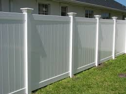 Modren Vinyl Privacy Fence Ideas Find This Pin And More Intended