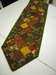 Simple Table Runner Patterns | Pdf, Patterns and Sewing projects & Free PDF Table Runner Patterns. I love that some of these have 2 or 3 Adamdwight.com