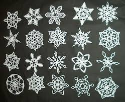 picture of how to make 6 pointed paper snowflakes