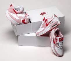 Nike バレンタイン 2021