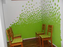 wohnzimmer grun grau streichen fotos