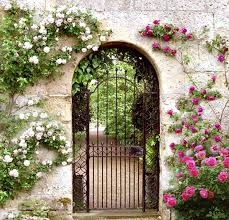 wrought iron garden gates ideas