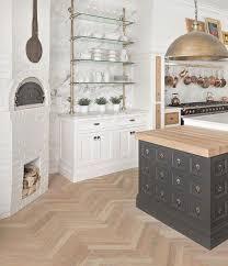 Kitchen Trend: French Bistro ShelvingBECKI OWENS