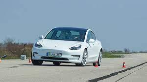 Test Tesla Model 3: Beeindruckend – trotz Schwächen | A