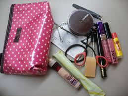 what s in my makeup bag for or work