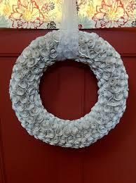 How to Make a Paper Rose Wreath