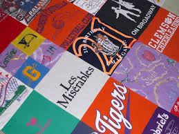 Made in St. Louis: Crafter makes quilts made from T-shirts | Home ... & Made in St. Louis: Kathy Bell Adamdwight.com