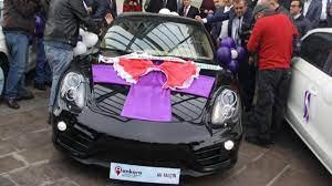 Porsche kazanan çiftçinin ehliyeti yok - Son Haberler - Milliyet