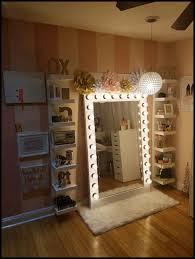 floor standing vanity mirror