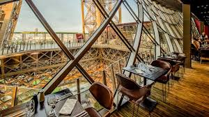 dining at the eiffel tower in paris france. eiffel tower 58 restaurant bookings in paris dining at the france t