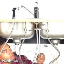 moen kitchen faucet hose replacement kitchen faucet hose repair kitchen sink hose repair kitchen faucet spray