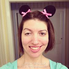 make your own minnie mouse ear hair clips great for any trip to disney