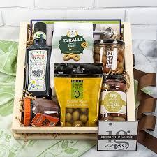 olive lover s gift crate olive lover s gift crate read reviews at igourmet