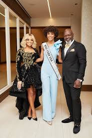 Pat Smith, Miss Teen USA Kaleigh Garris, and Emmitt Smith – People  Newspapers