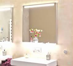 Badezimmerspiegel Mit Led Beleuchtung Und Ablage Elegant Badspiegel