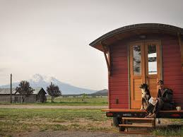 my tiny house. How Do You Decide Which Books Belong In Your Life? My Tiny House