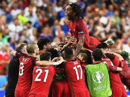 Wie sieht es mit portugal gegen frankreich aus? Portugal Gewinnt Em Finale 1 0 Gegen Frankreich Fussball Em Badische Zeitung