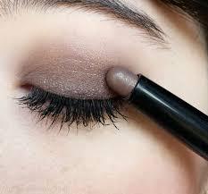 תוצאת תמונה עבור stick eyeshadow