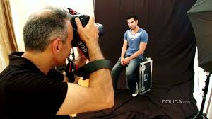 how to take indoor studio portraits without effects dolica educational photography tutorial