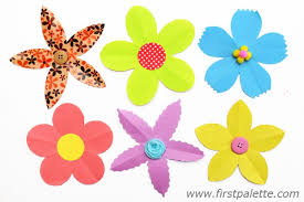 Flower Out Of Paper Folding Paper Flowers Craft 5 Petal Flowers Kids Crafts