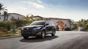 2017 Toyota Highlander for Sale near Peabody, MA - Woburn Toyota