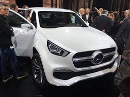 2018 mercedes benz bakkie. exellent mercedes mercedes reveals new sabound bakkie meet the xclass doublecab on 2018 mercedes benz bakkie